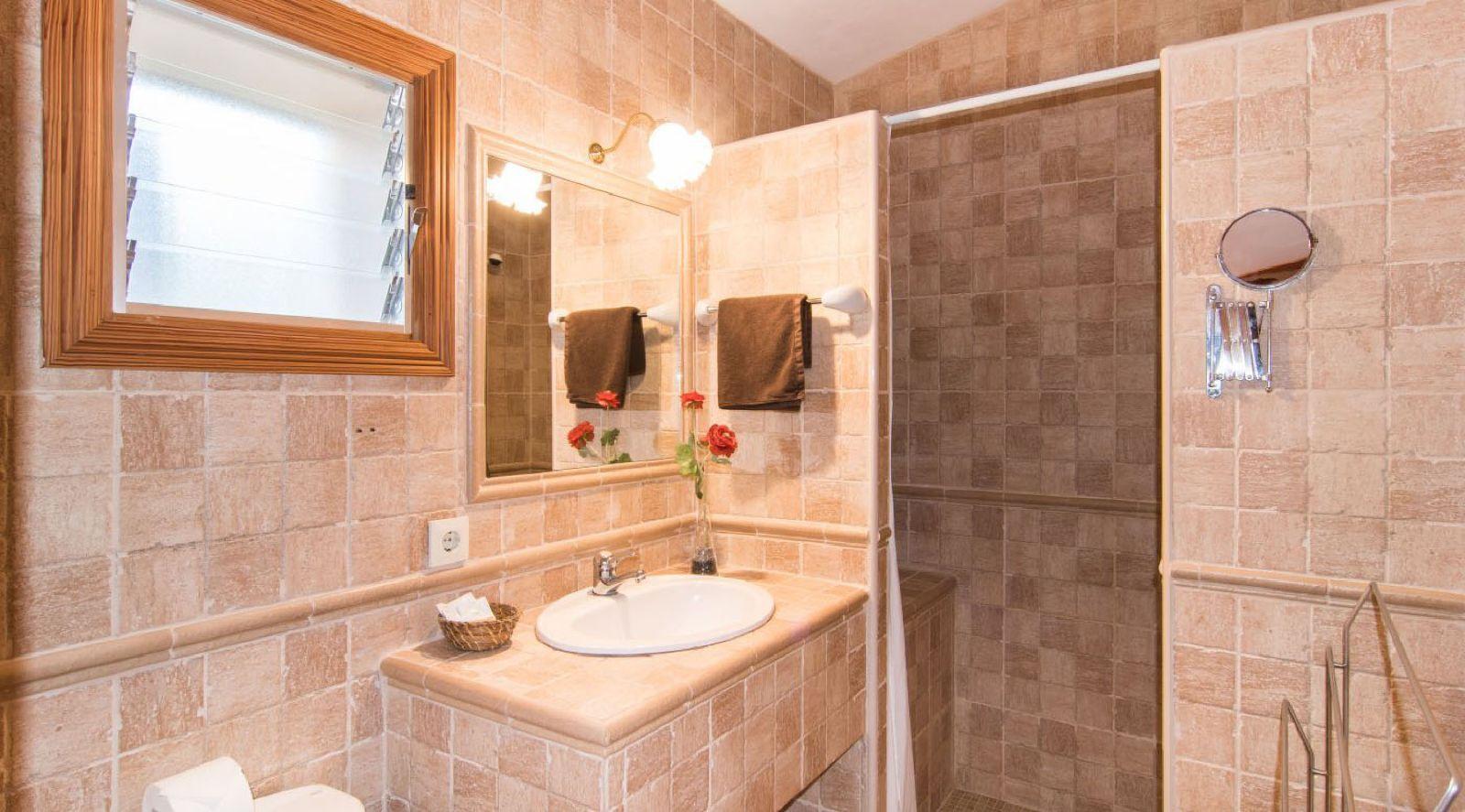Finca Hotel Es Torrent · Apartment mit Terrasse